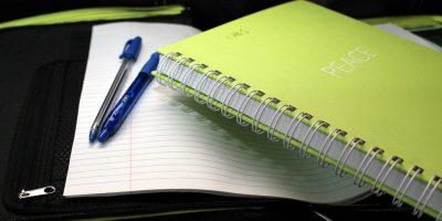 estudiantes-cursos-libro-leer